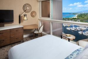 Ocean  View Room - King or 2 Queens, Newly Renovated