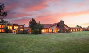 Photo of Mackenzie Country Hotel Twizel