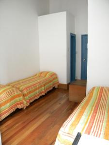 Bed in 3-Bed Dormitory Room with Internal Shared Bathroom