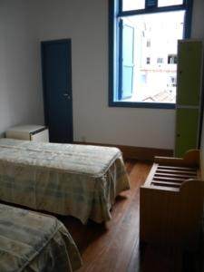 Bed in 2-Bed Dormitory Room with Internal Shared Bathroom