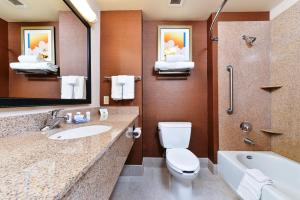 Fairfield Inn and Suites by Marriott Elk Grove, Hotels  Elk Grove - big - 1
