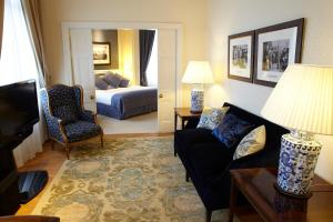 Presidential Business Suite