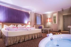 Alpen-Herz Romantik & Spa - Adults Only - Pensionhotel - Hotels