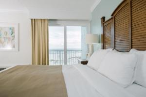King Room with Two King Beds - Gulf View/Non-Smoking