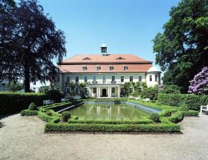 Photo of Hotel Schloss Schweinsburg