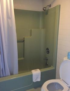 Deluxe Double Room with Two Double Beds (Wide Bay)