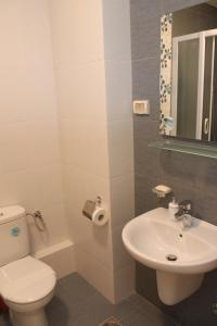Romantic Apartment Podgorica, Apartmanok  Podgorica - big - 12