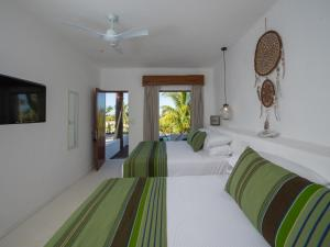 Junior Suite with Private Pool and Sea View
