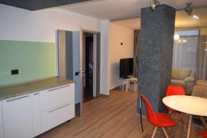 Q Apartments, Apartments  Braşov - big - 20