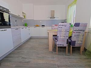 Apartments Milena 1087, Apartmány  Pula - big - 34