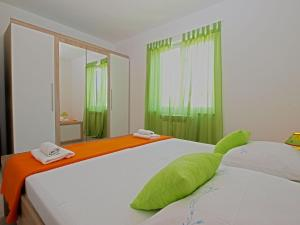 Apartments Milena 1087, Apartmány  Pula - big - 40