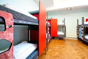 Bed in Dormitory Room for 18 people