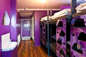 Bed in Mixed Dormitory Room for 6 people