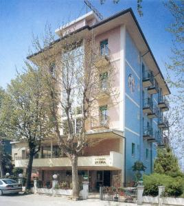Hotel - Hotel Urania