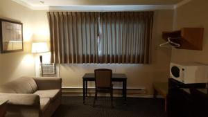 Sunrise Motel, Motels  Regina - big - 25