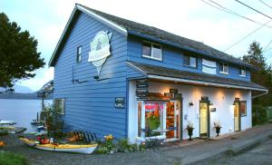 Photo of Tofino Paddlers Inn