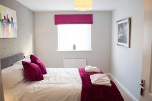 Stunning Copper Quarter Apartment, Apartmány  Swansea - big - 18