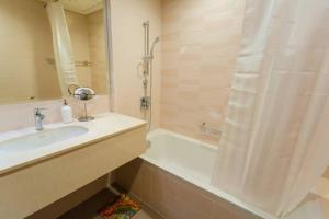 Spacious 1 Bedroom Apt in Rimal 4 JBR Beach, Apartmány  Dubaj - big - 8