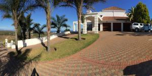 Fly Me To The Moon Guest House, Penziony  Mossel Bay - big - 38