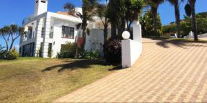 Fly Me To The Moon Guest House, Penziony  Mossel Bay - big - 25