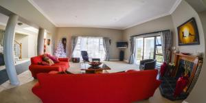 Fly Me To The Moon Guest House, Penziony  Mossel Bay - big - 36