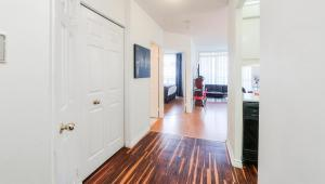 Canada Suites on Bay, Apartmanok  Toronto - big - 65