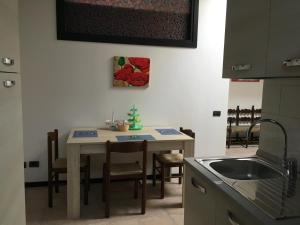 Room & Breakfast Airport, Penziony  Bergamo - big - 17
