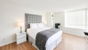 Canada Suites on Bay, Apartmanok  Toronto - big - 40