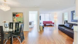 Canada Suites on Bay, Apartmanok  Toronto - big - 37