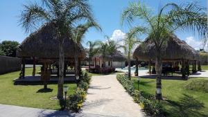Beloved Paradise, Holiday homes  Playa Coronado - big - 35