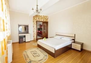 2 rooms Dostyk 5 Apatment, Apartments  Astana - big - 3