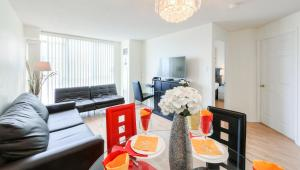 Canada Suites on Bay, Apartmanok  Toronto - big - 77