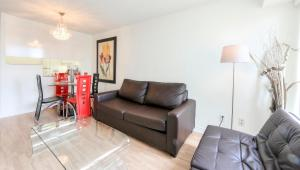 Canada Suites on Bay, Apartmanok  Toronto - big - 76