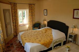 B&B La Bastide Desmagnans, Bed & Breakfast  Lacoste - big - 31