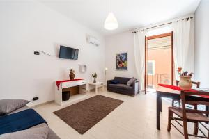 White home in St.Peters, Apartmány  Řím - big - 16