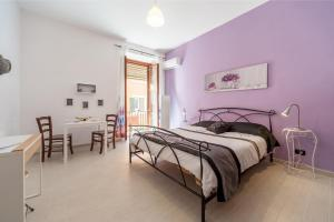 White home in St.Peters, Apartmány  Řím - big - 18