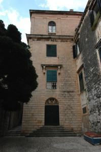 Photo of Old Palace Apartments
