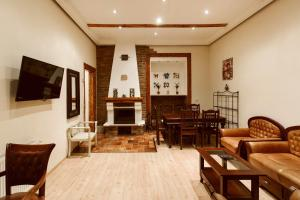 HostelRustic Apartment with Fireplace, Budapest