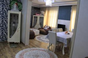 Seaside Luxe House, Holiday homes  Baku - big - 49