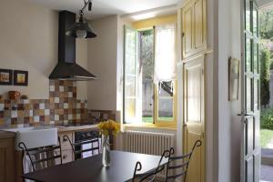 Sous les courtines, Holiday homes  Carcassonne - big - 30