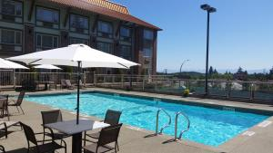 Howard Johnson Hotel & Suites Victoria, Hotels  Victoria - big - 1