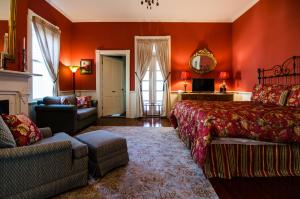 Superior King Suite - Willow Suite - Main Building