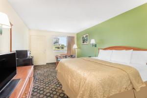 Days Inn Ashburn, Motel  Ashburn - big - 22