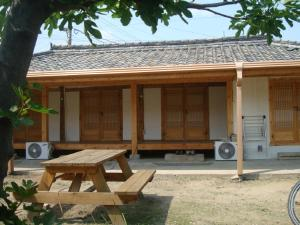Photo of Sarangbang Guesthouse