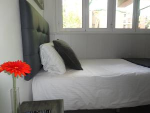Single Room with Private External Toilet