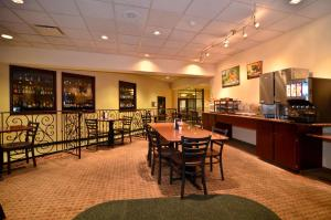 Best Western PLUS Tacoma Dome Hotel, Hotels  Tacoma - big - 33