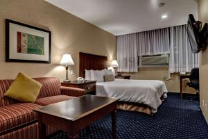 Best Western Plus Suites Downtown Calgary
