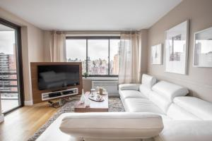 Two Bedroom Apartment - Upper West Side, New York