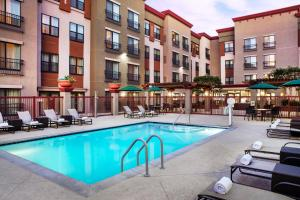Residence Inn Los Angeles Burbank/Downtown, Hotels  Burbank - big - 30