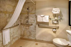 Queen Room with Two Queen Beds - Disability Access with Roll-In Shower